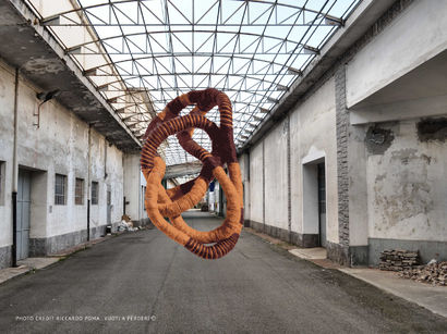 (TANGLED BIG) SHOW YOUR FEARS - A Sculpture & Installation Artwork by Michela Cavagna