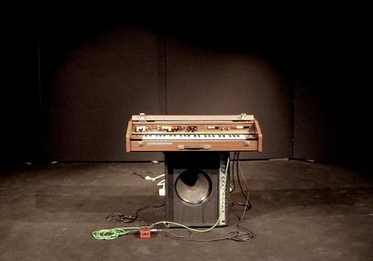 Solo|Organ - a Performance Artowrk by Lorenzo Abattoir