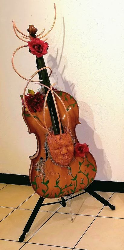 The Cellist\'s Muse  - a Sculpture & Installation Artowrk by Jesus Marin