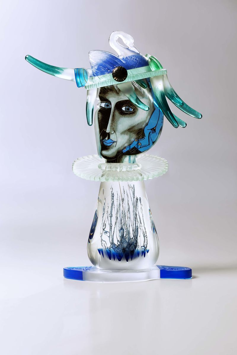Swan Prince - Glass sculpture - a Sculpture & Installation by Patrycja Dubiel