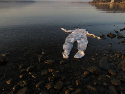 We have a pollutant skin - a Land Art Artowrk by Eleonora  Confalonieri