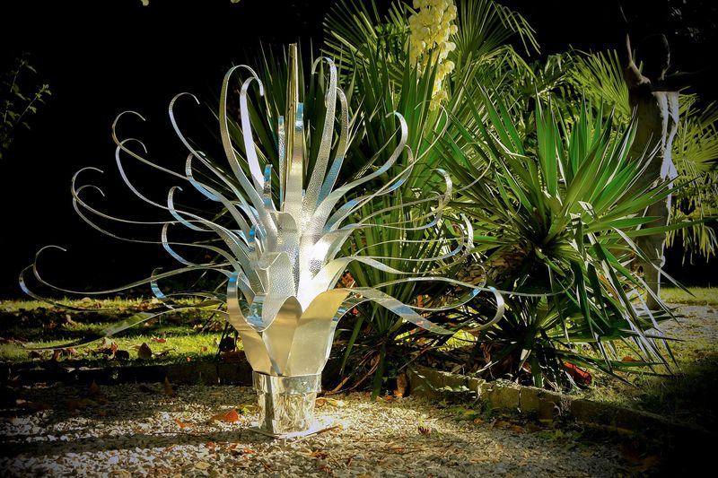 Agave Splendente - a Sculpture & Installation by Chelita