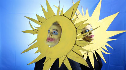 I don't want to be your sunshine! - A Video Art Artwork by Anna Frijstein