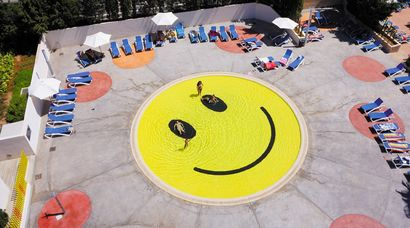 Smile Pool - A Land Art Artwork by A2arquitectos